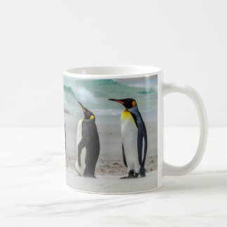 Mug Pingouins lissant sur la plage