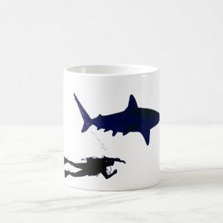 Mug Plongeur autonome et requin