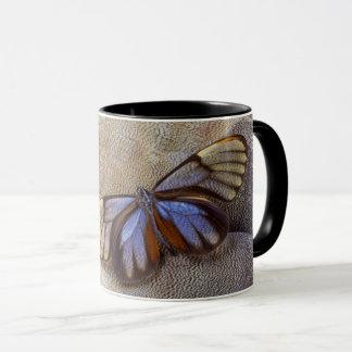 Mug plume égyptienne d'oie de papillon de Verre-aile