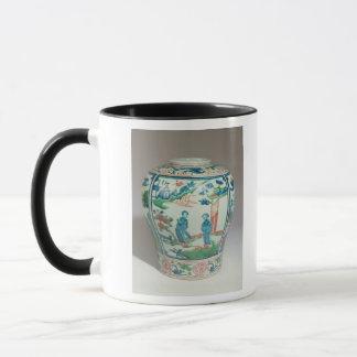 Mug Pot oviforme polychrome de Swatow, fin du 16ème