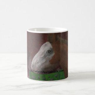 Mug Poulain de Clydesdale sur le côté de sa mère