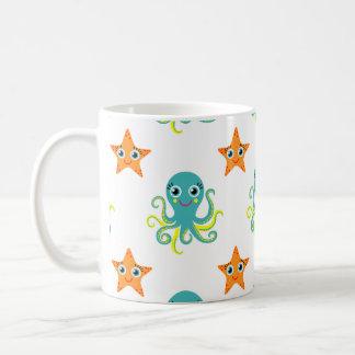 Mug Poulpe jaune bleu ; Étoiles de mer oranges