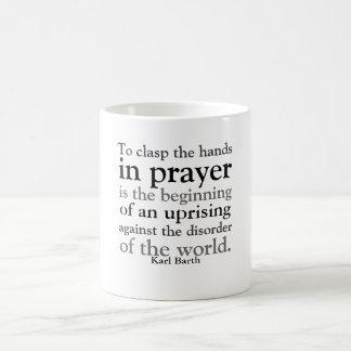 Mug Pour étreindre les mains dans la prière