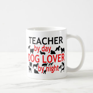 Mug Professeur par l'amoureux des chiens de jour par