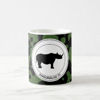 Mug Rhinocéros à l'arrière-plan de camouflage