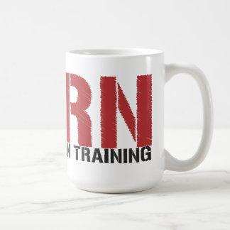 Mug RN dans la formation (étudiant de soins)