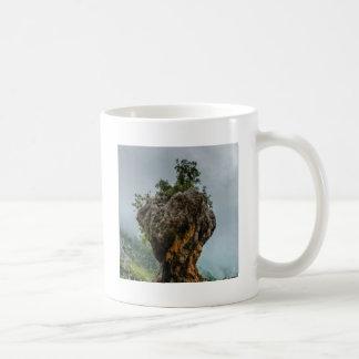 Mug roche équilibrée érodée