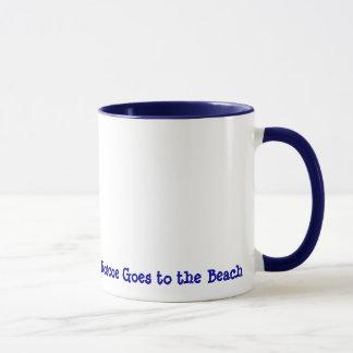 Mug Roscoe va à la plage