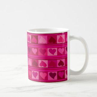 Mug Rose génial de fuschia de Mozaic   de coeurs et de