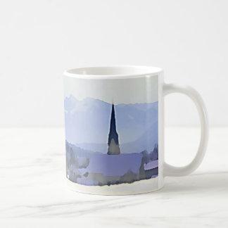 Mug Scène bleue de village de montagne d'hiver