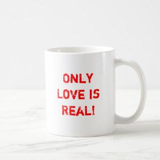 Mug Seulement l'amour est vrai !