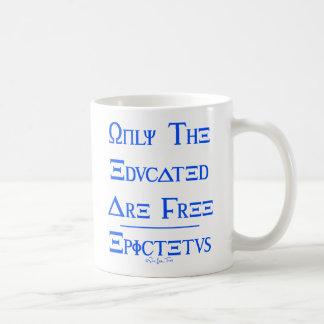 Mug Seulement les instruits sont libres