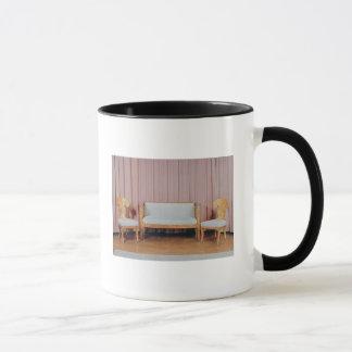 Mug Sofa et deux chaises, bouleau karélien, 1810-20