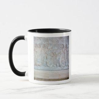 Mug Soulagement dépeignant des archers