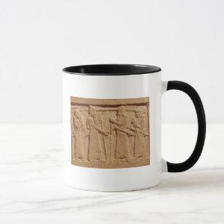 Mug Soulagement dépeignant le Roi Shalmaneser III