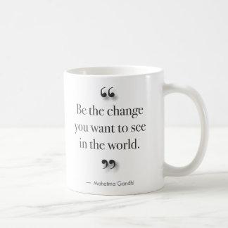 Mug Soyez le changement - pour les buveurs gauchers