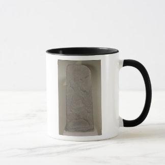 Mug Stele dépeignant le tempête-dieu Adad