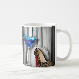 Mug stilletos de fille de cocktail de martini de