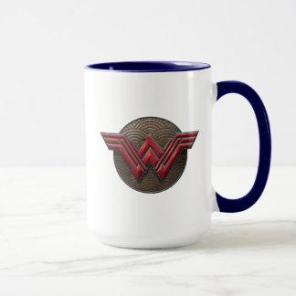 Mug Symbole de femme de merveille au-dessus des