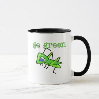 Mug T-shirts et cadeaux de devenez écolo de sauterelle