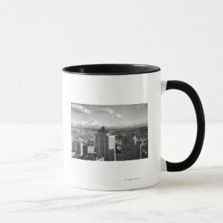 Mug Tacoma, vue de WA de plus pluvieux des arts