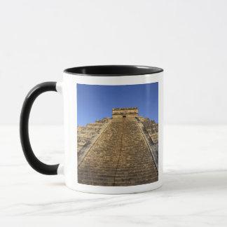 Mug Temple de Kukulcan ou château de Castillo) dans 2