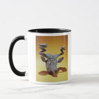 Mug Tête d'un Taureau, d'Irak, c.2000 AVANT JÉSUS