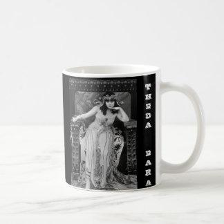 Mug Theda Bara comme Cléopâtre