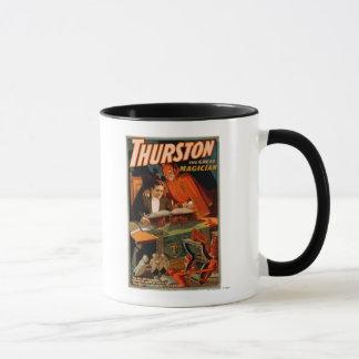 Mug Thurston le grand magicien avec la magie de diable