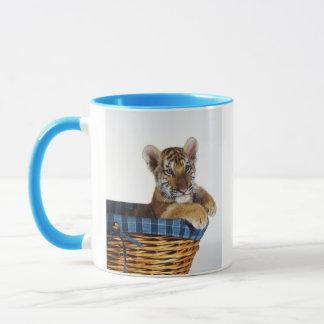 Mug Tigre CUB sibérien dans le panier