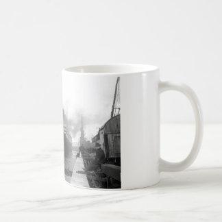 Mug Titanic aux docks de Southampton