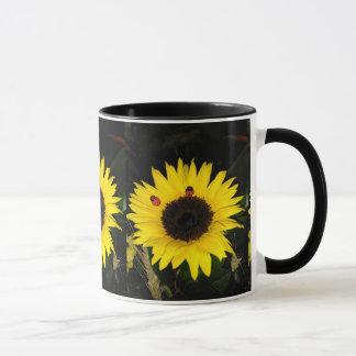 Mug Tournesol jaune et deux coccinelles