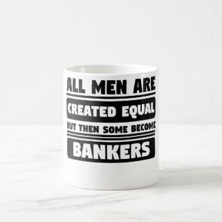 Mug Tous les hommes sont égal créé mais d'autre part