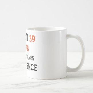 Mug trente-neuvième conceptions d'anniversaire