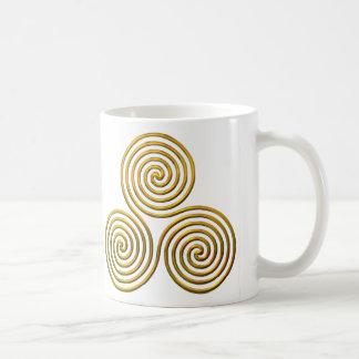 Mug Triskele-or