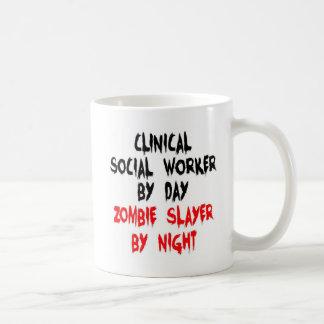 Mug Tueur clinique de zombi d'assistant social