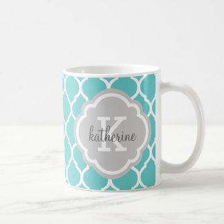 Mug Turquoise et monogramme gris de Quatrefoil de