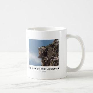 Mug Vieil homme sur la montagne (illusion optique)