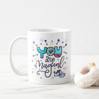 Mug Vous êtes magiques, remettez en lettres et
