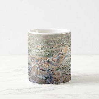 Mug Vue aérienne de monastère de mars Saba