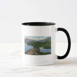 Mug Vue aérienne des lacs placides et du miroir