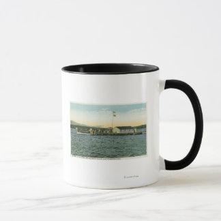 Mug Vue d'atterrissage de camp d'île de Sandy, Boston