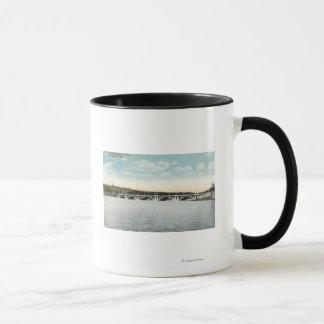Mug Vue de nouveau pont de Quinsigamond de lac