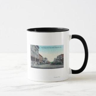Mug Vue de troisième rue du bureau de poste