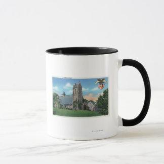 Mug Vue extérieure de la chapelle catholique