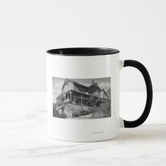 Mug Vue extérieure de la gorge Orchy d'hôtel