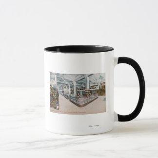 Mug Vue intérieure de boulangerie d'Augustine et de