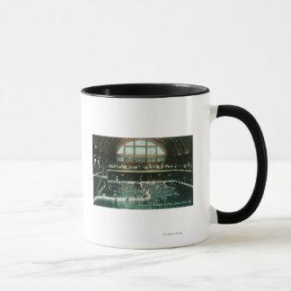 Mug Vue intérieure du pavillon se baignant