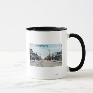 Mug Vue occidentale de rue de héron de pont