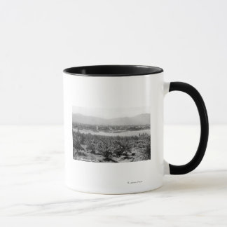 Mug Wenatchee, WashingtonView de la rivière et
